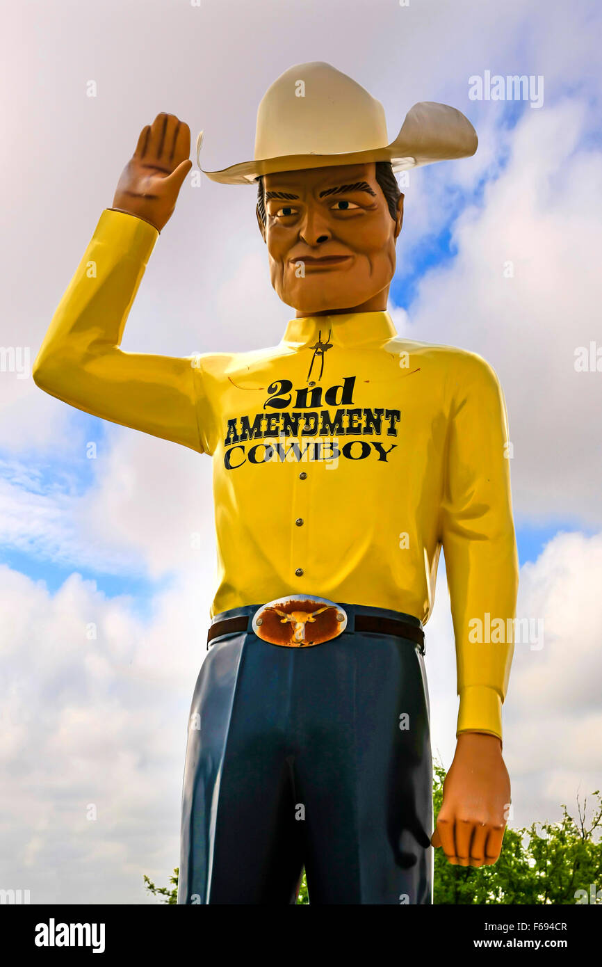 2. Änderung Cowboy-Statue in Amarillo, Texas. (das Recht des Volkes zu halten und Waffen tragen, dürfen Stockbild