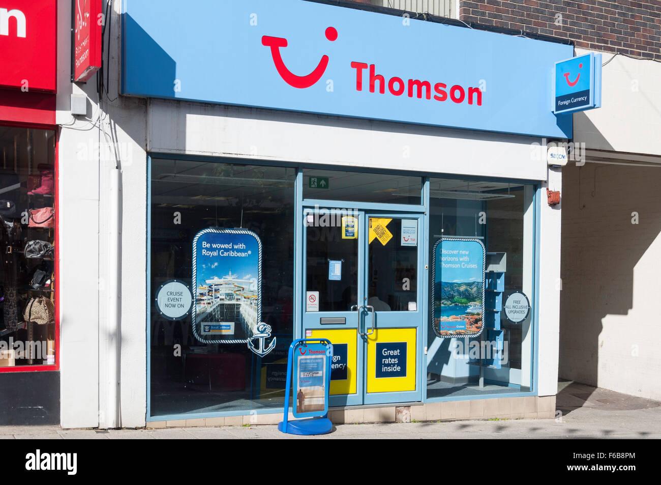 Thomson Holidays travel Agents, Union Street, Aldershot, Hampshire, England, Vereinigtes Königreich Stockbild