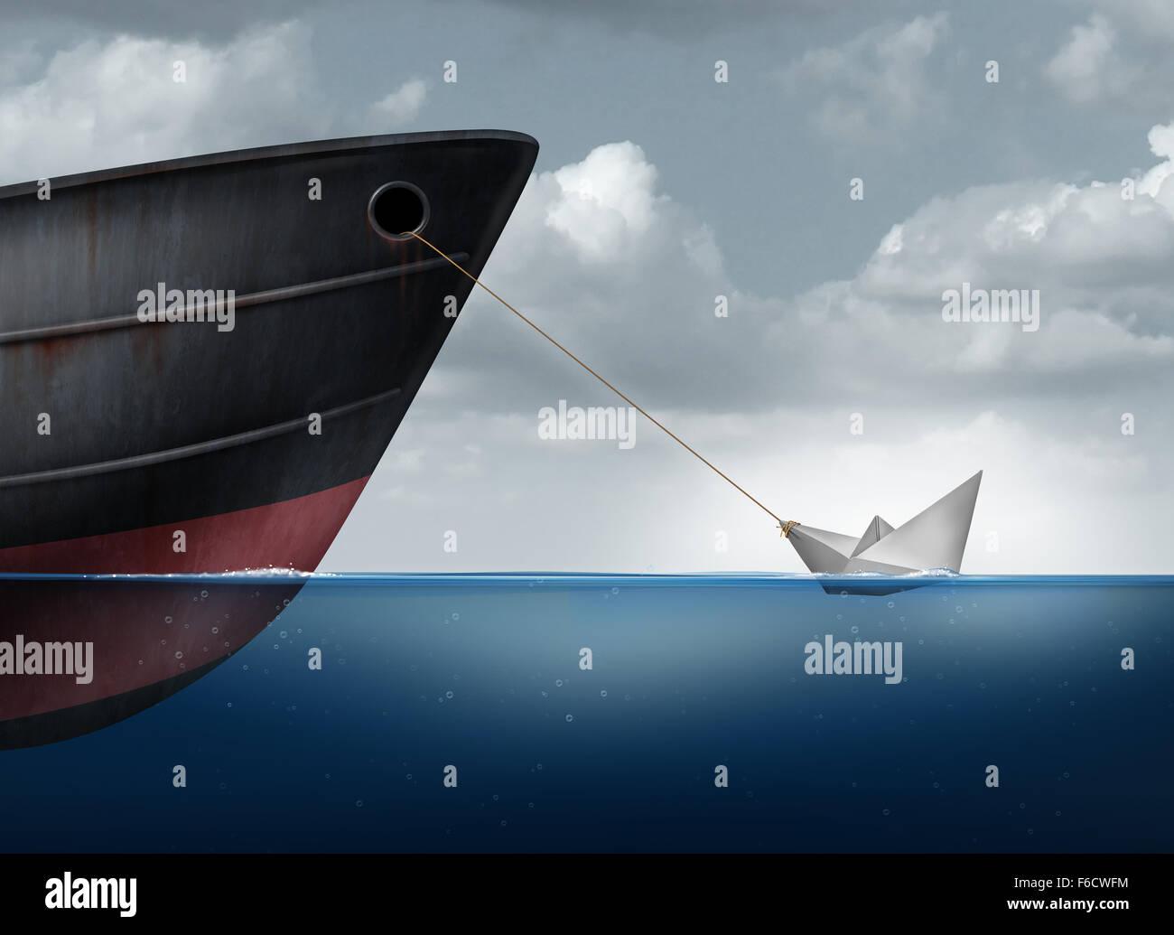 Super Power-Konzept als ein kleines Papierboot im Ozean ziehen ein riesige Metall Schiff als ein Überflieger Stockbild