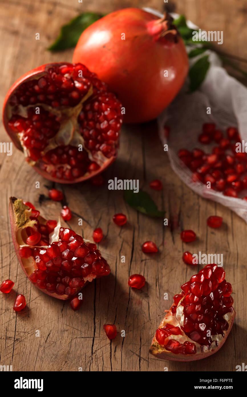 Granatapfel Frucht gesundes Essen frische Bio Still-Leben Vegetarier saftig Antioxidans Stockbild