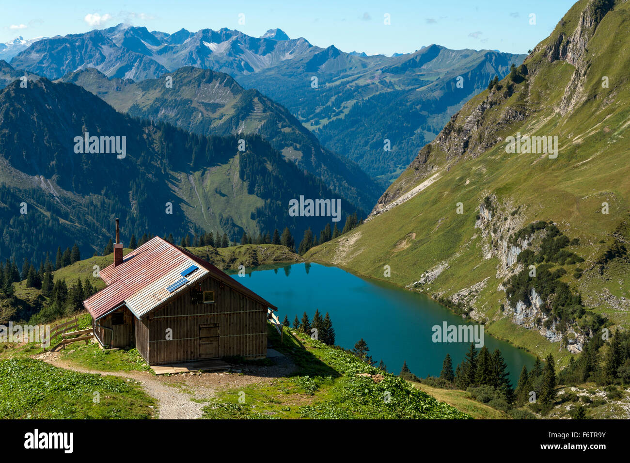 deutschland bayern oberstdorf almh tte am seealpsee stockfoto bild 90284935 alamy. Black Bedroom Furniture Sets. Home Design Ideas