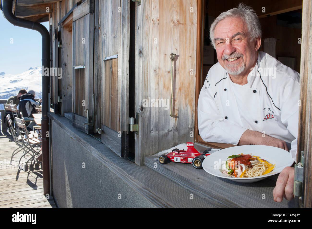 Kochen Sie mit einem Teller Spaghetti Regazzoni, Berggasthaus Piz Scalottas, Lenzerheide, Scharans, Kanton Graubündens, Stockbild