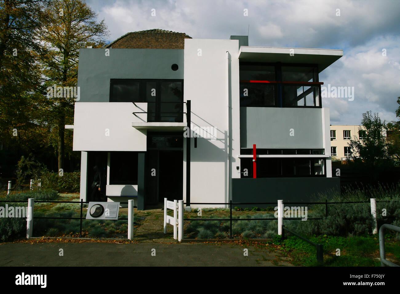 Das Rietveld Schröder Haus In Utrecht Erbaut Im Jahre 1924 Vom