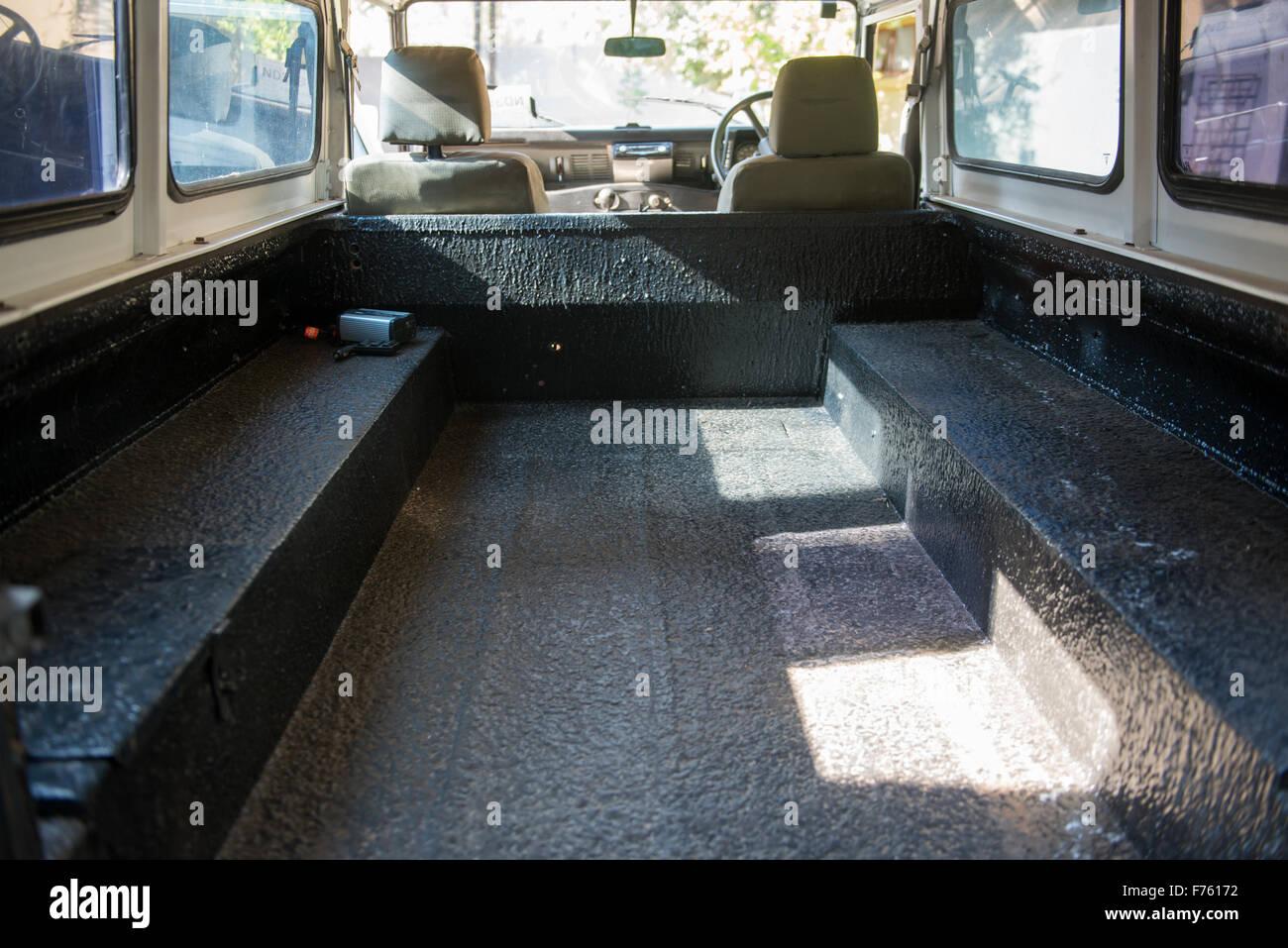 Land Rover Defender Innenraum Stockfotos Land Rover