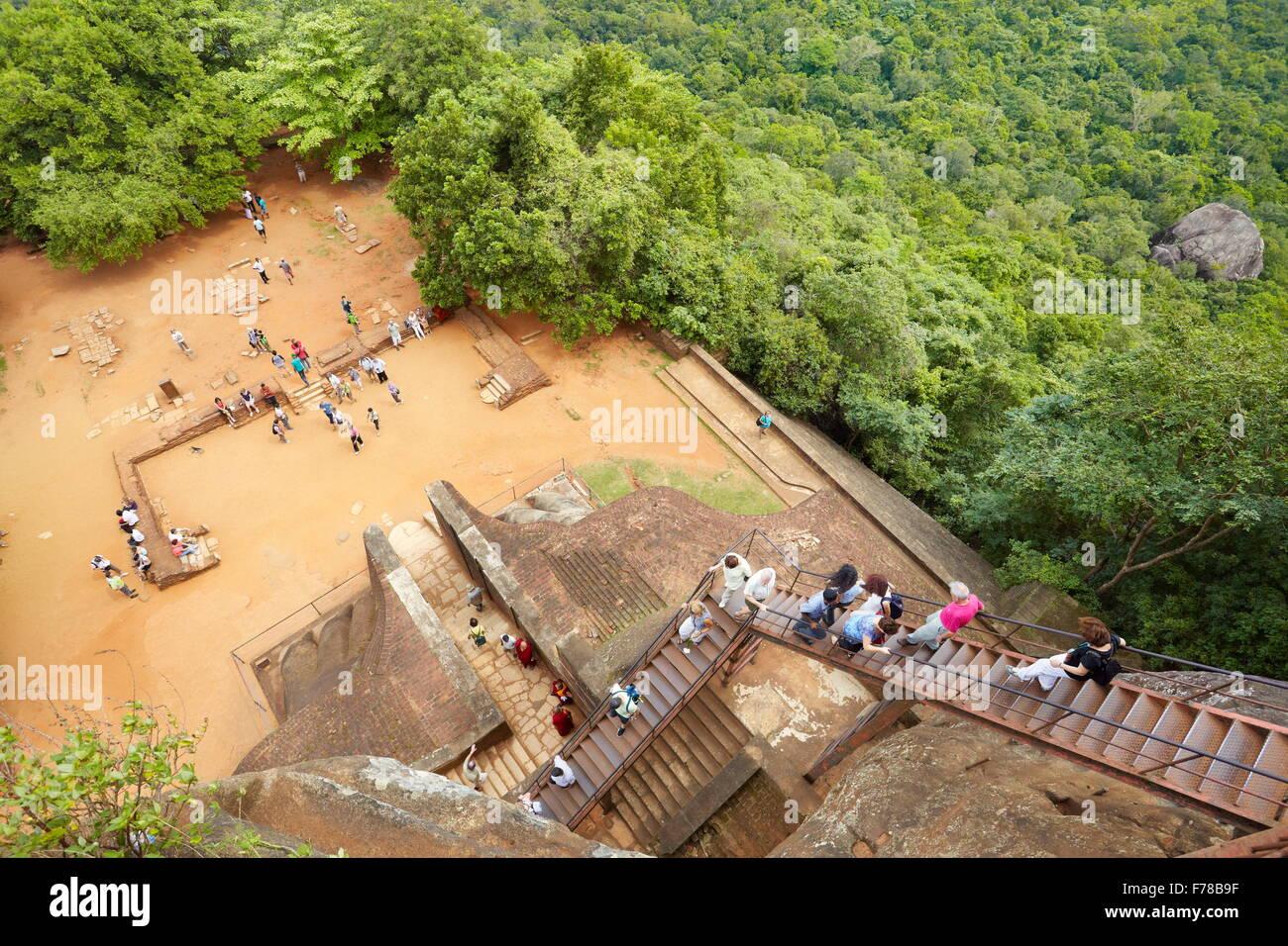 Sri Lanka - Sigiriya, Treppen von Löwentor zur alten Festung, UNESCO Stockbild