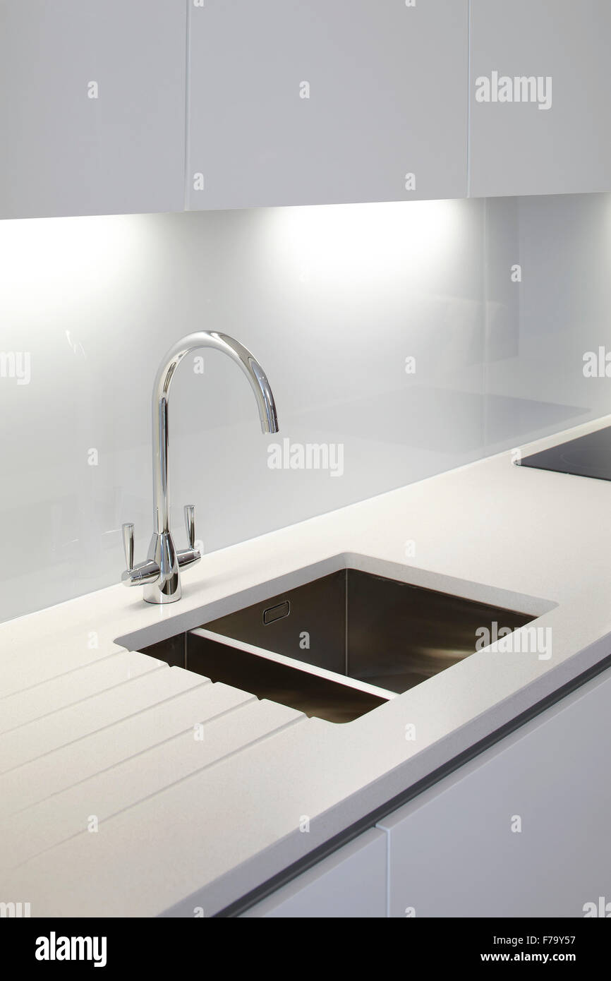 Sink Unit Stockfotos & Sink Unit Bilder - Alamy