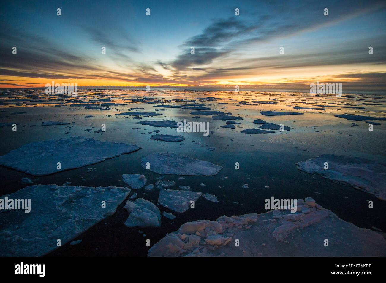 Ins Eis Stockbild