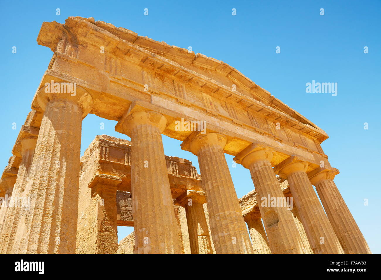 Tempel der Concordia, Tal der Tempel (Valle dei Templi), UNESCO-Agrigento, Sizilien, Italien Stockbild