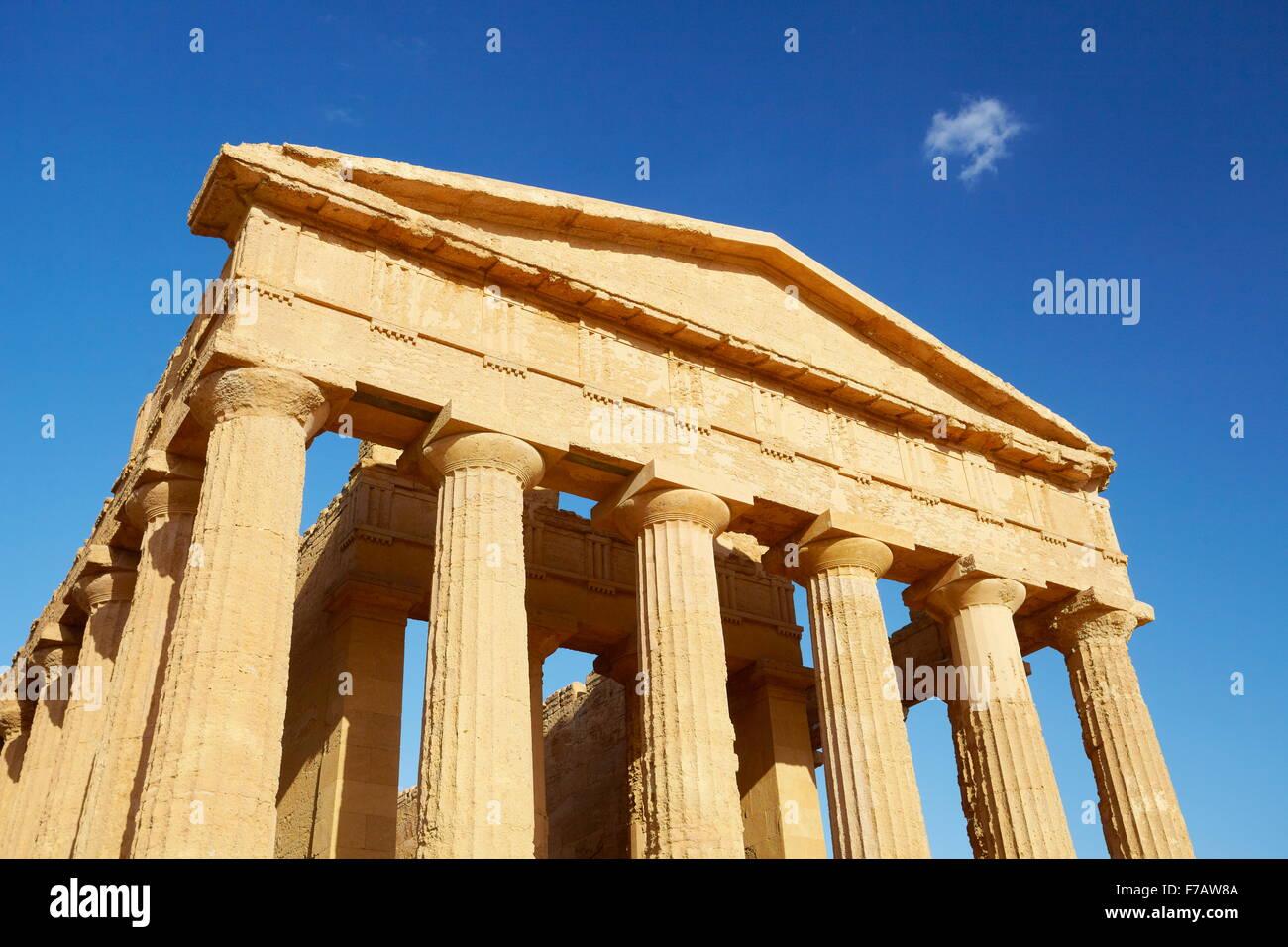 Tempel der Concordia, Tal der Tempel (Valle dei Templi), UNESCO-Agrigento, Sizilien, Italien Stockfoto
