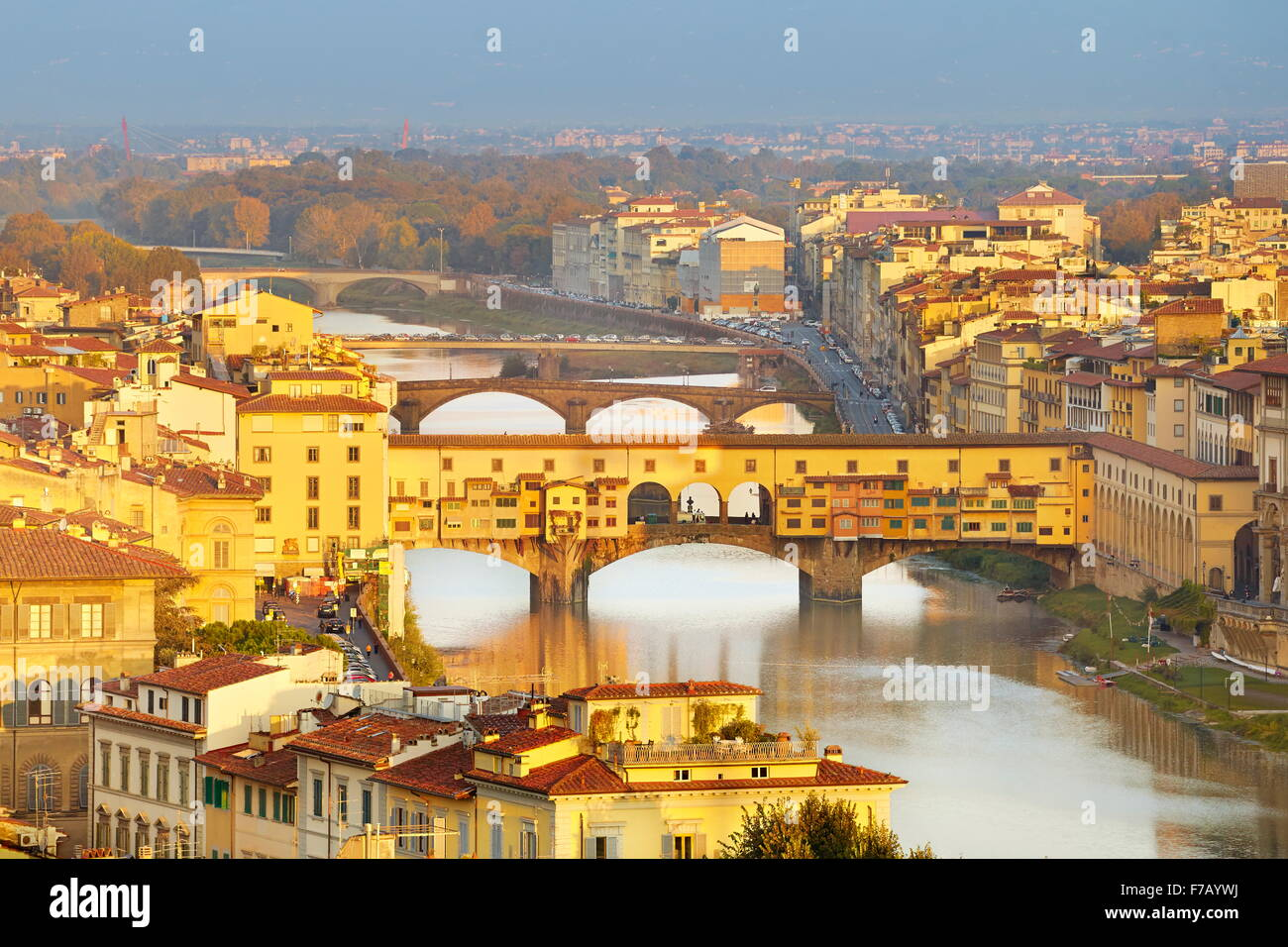 Ponte Vecchio Brücke, Stadtbild von Florenz, Italien Stockbild