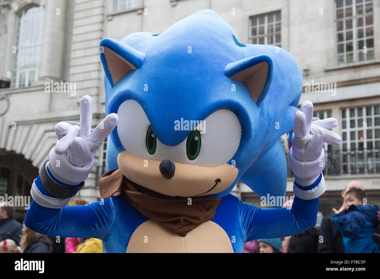 London, UK. 28. November 2015. SEGA\'s Sonic the Hedgehog. Die ...