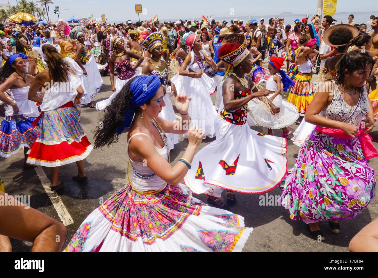Straßenjahrmarkt Strand von Ipanema, Rio De Janeiro, Brasilien Stockbild