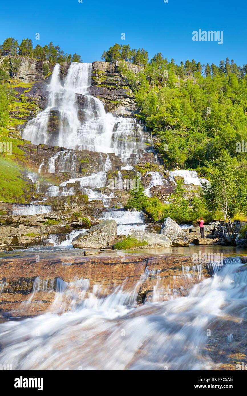 Tvindefossen Wasserfall, Hordaland, Norwegen Stockbild
