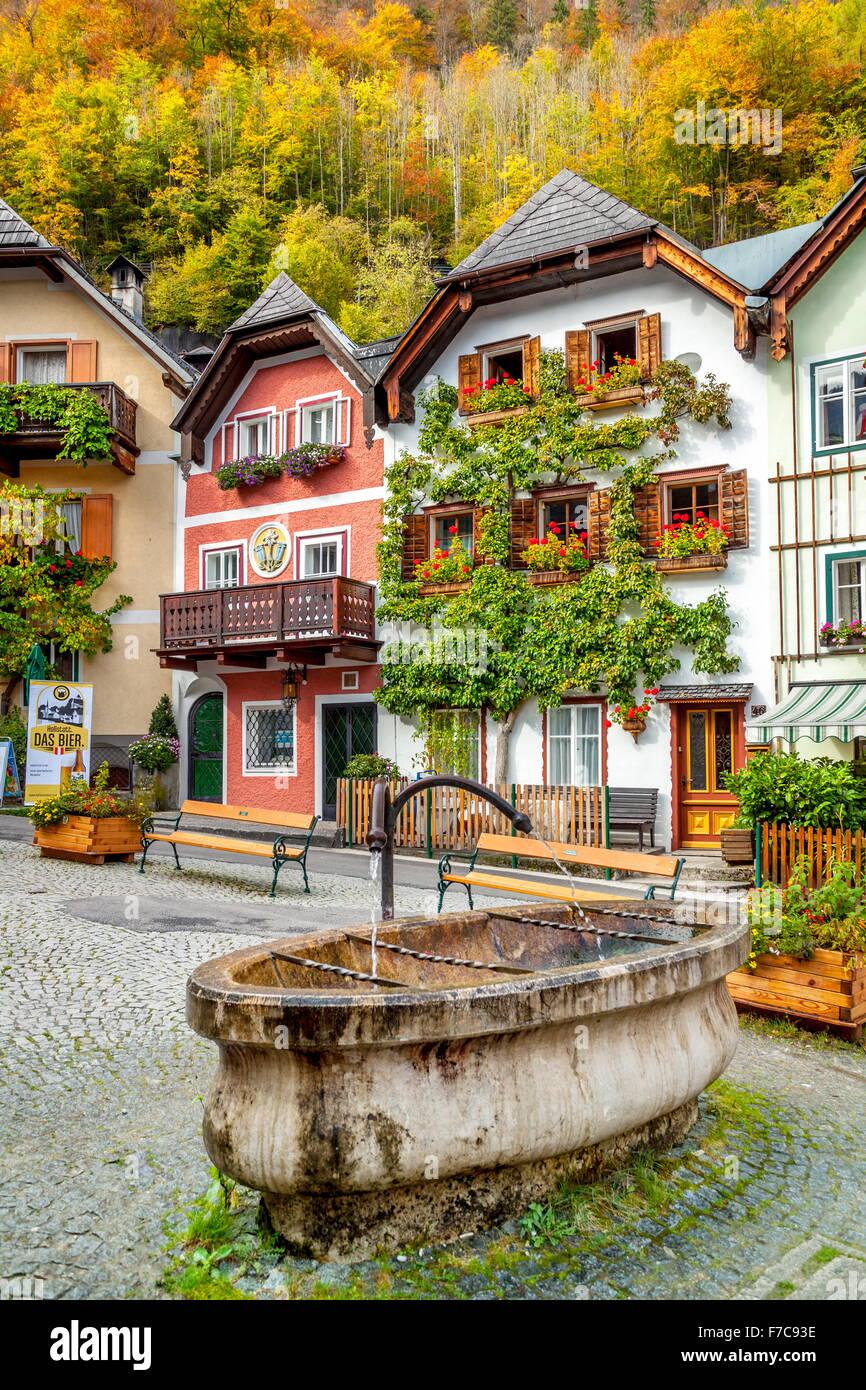Hallstatt Dorf, Salzkammergut, Österreich Stockbild