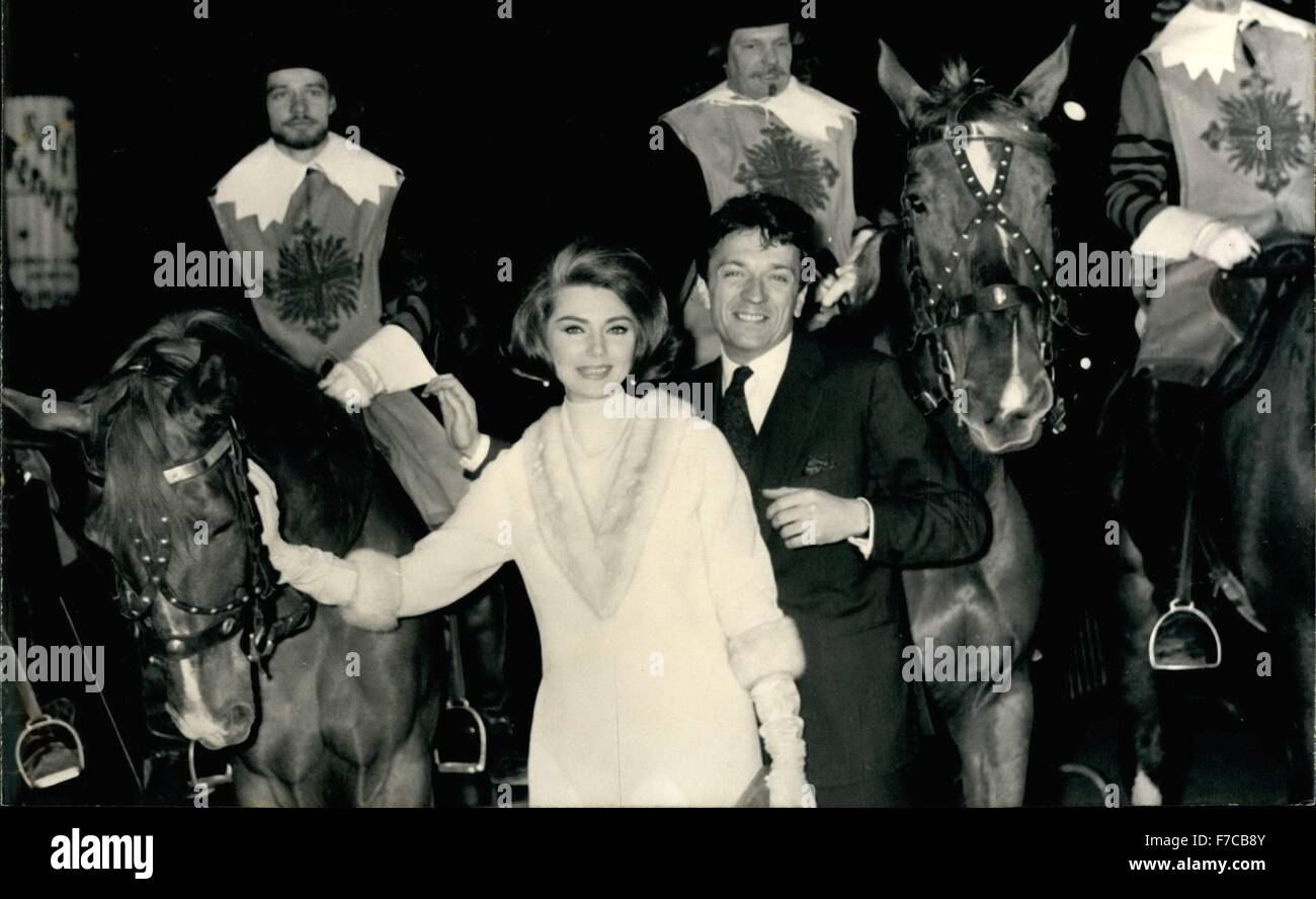 1968 Musketiere Auf Der Champs Elysees Gestern Nacht Im Kino Auf