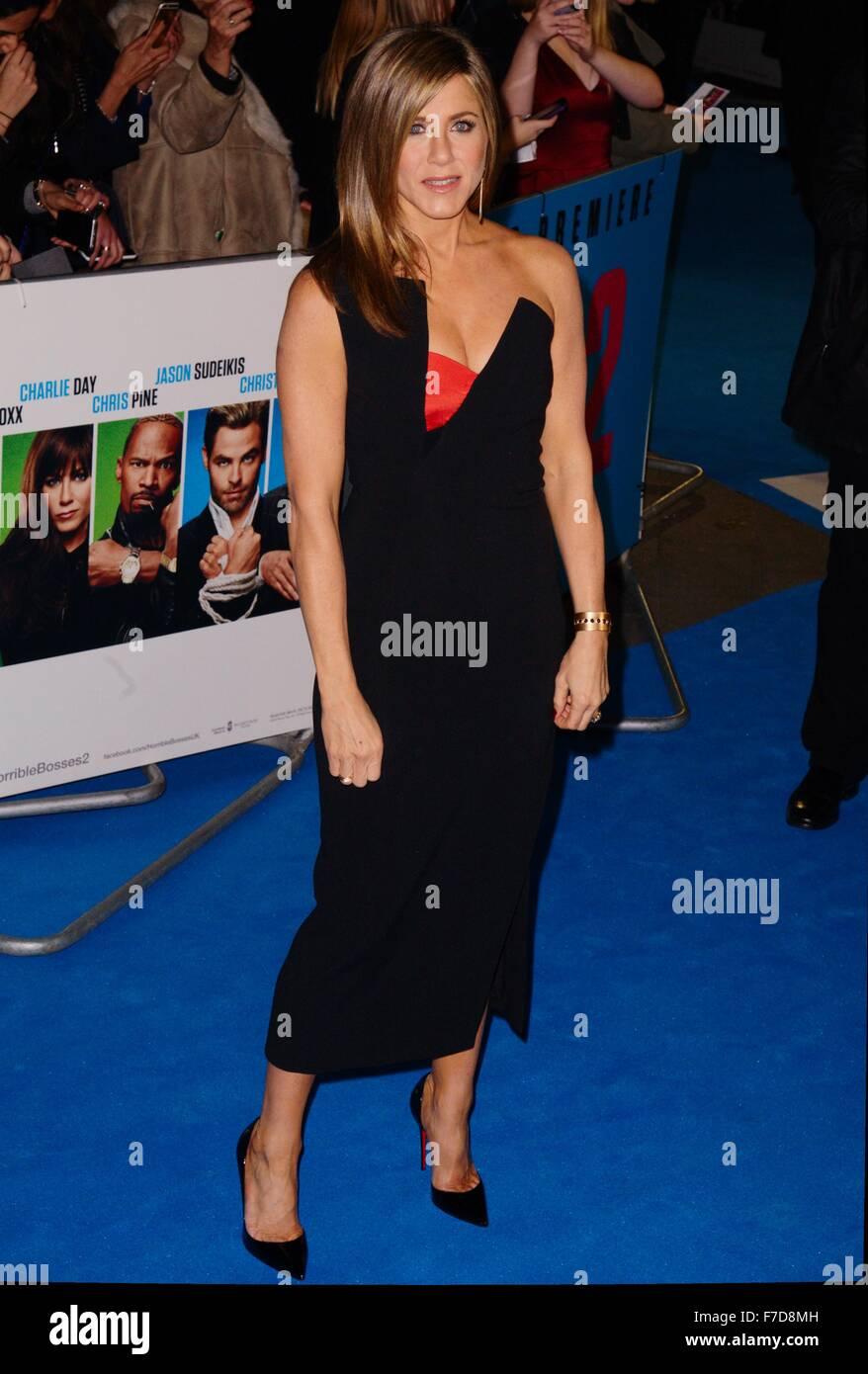 Jennifer Aniston auf dem blauen Teppich für den schrecklichen Bosse 2 Film premiere, Odeon West End, Leicester Stockbild