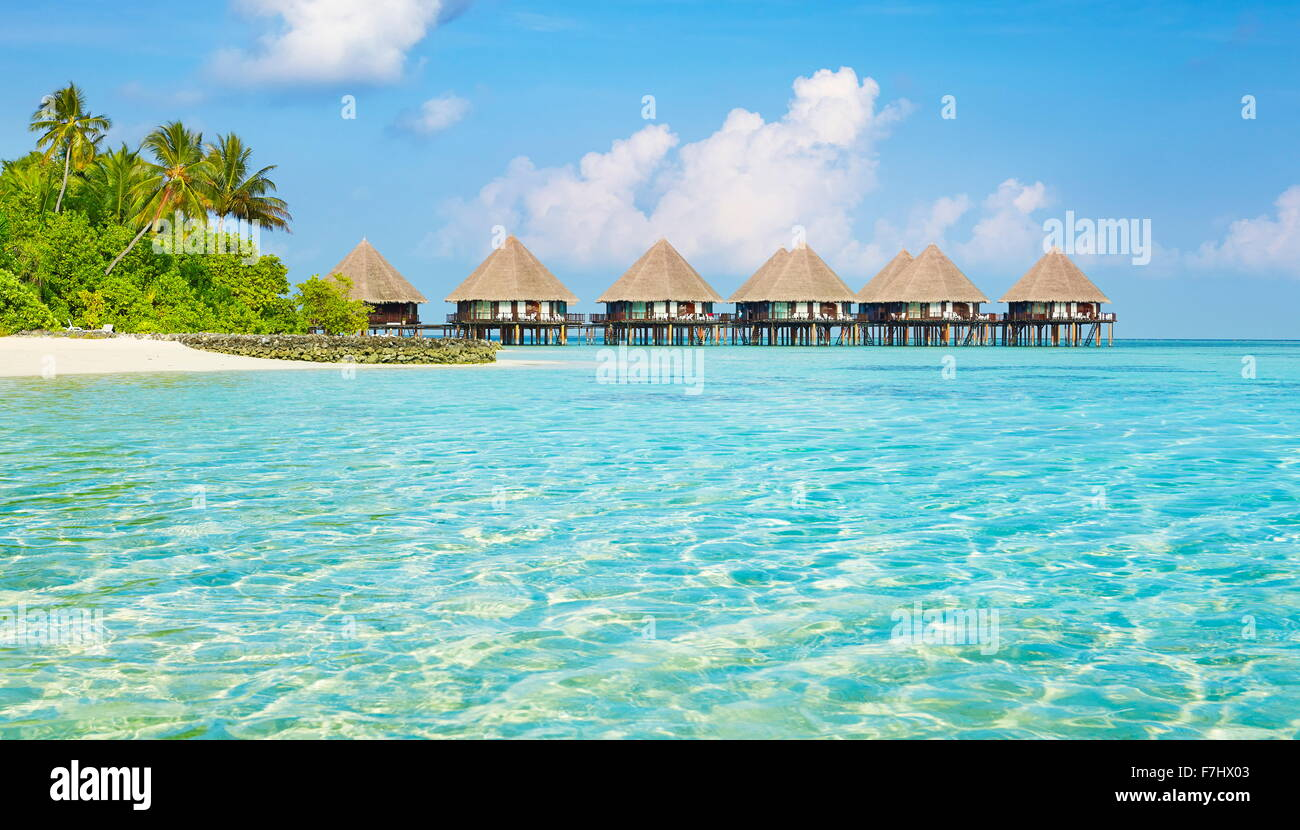 Malediven Inseln, Bungalows Hotel auf dem Wasser Stockbild