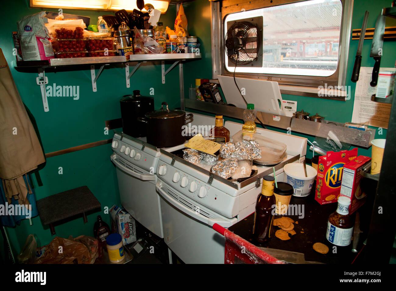 Station Kitchen Stockfotos & Station Kitchen Bilder - Alamy
