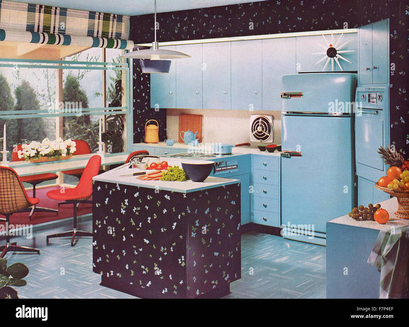 1950s fashion stockfotos 1950s fashion bilder alamy. Black Bedroom Furniture Sets. Home Design Ideas