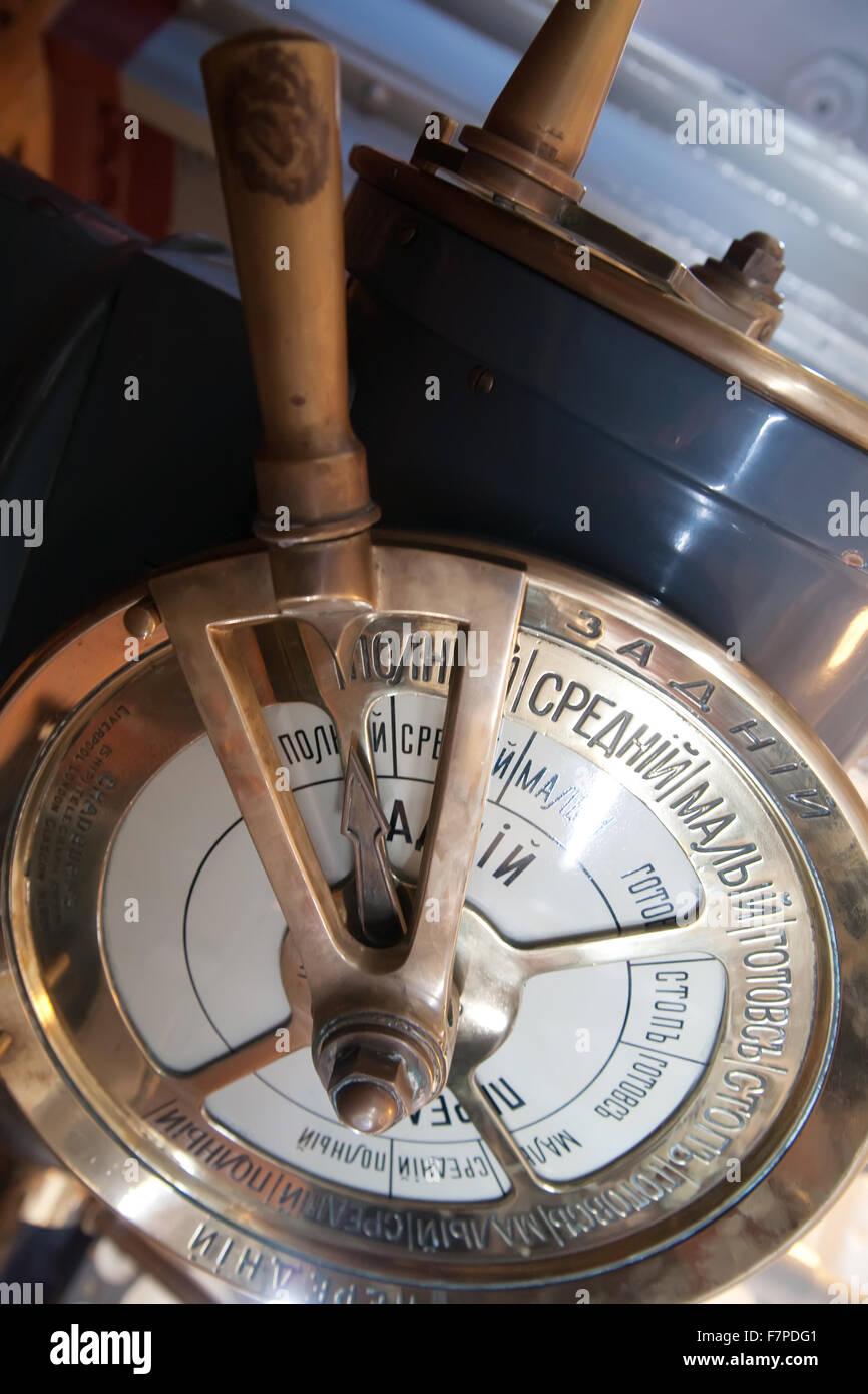 Der Geschwindigkeits-Telegraph-Sender auf alten Kreuzer Stockbild