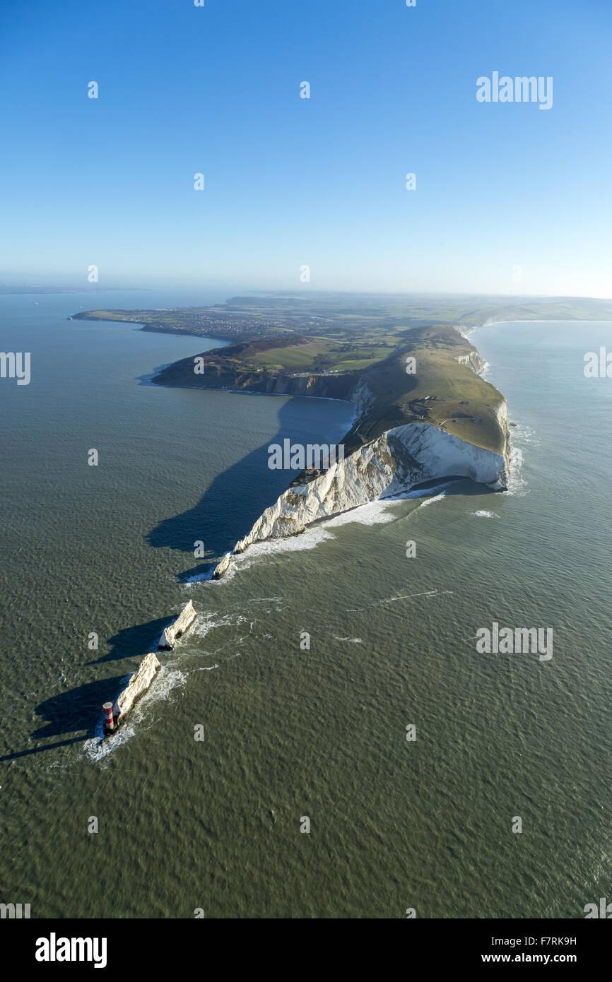 Eine Luftaufnahme der Nadeln alte Batterie und neue Batterie, Isle Of Wight. Stockfoto