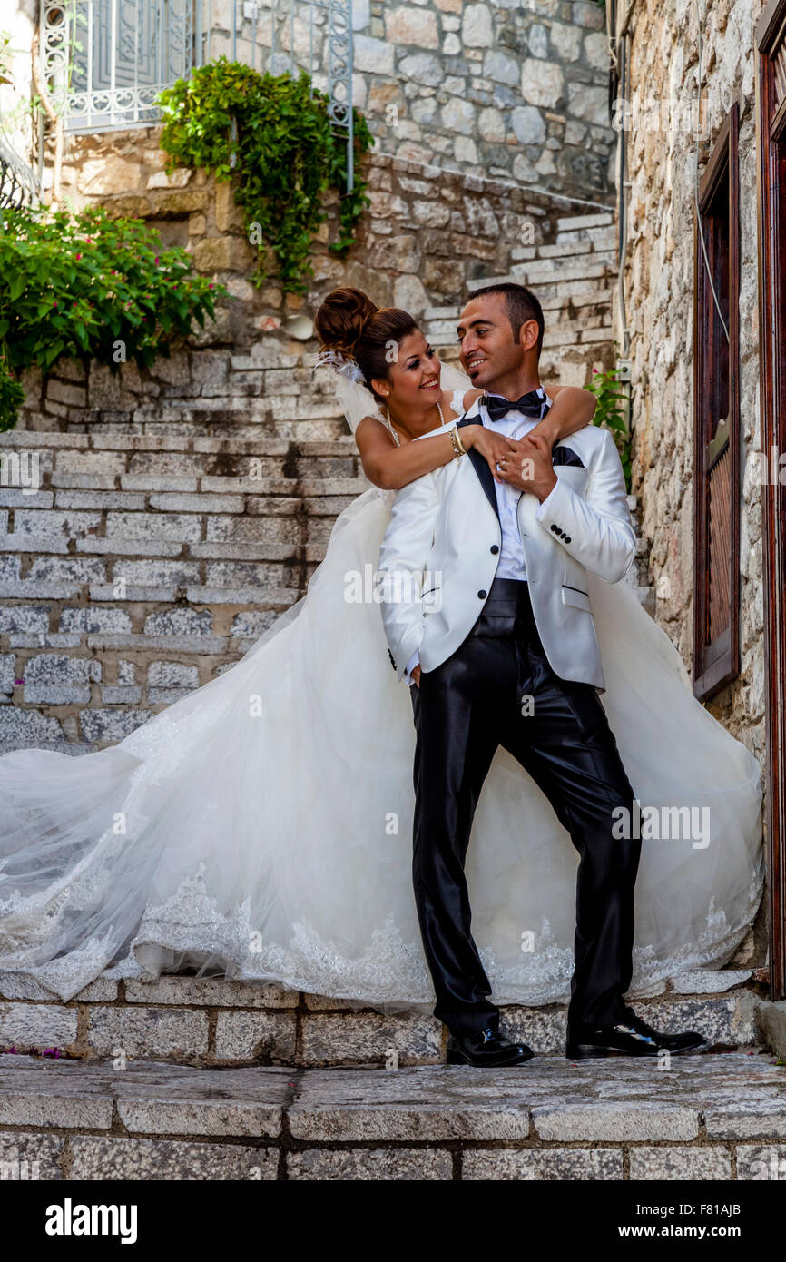 Turkish Marriage Couple Stockfotos Turkish Marriage Couple Bilder