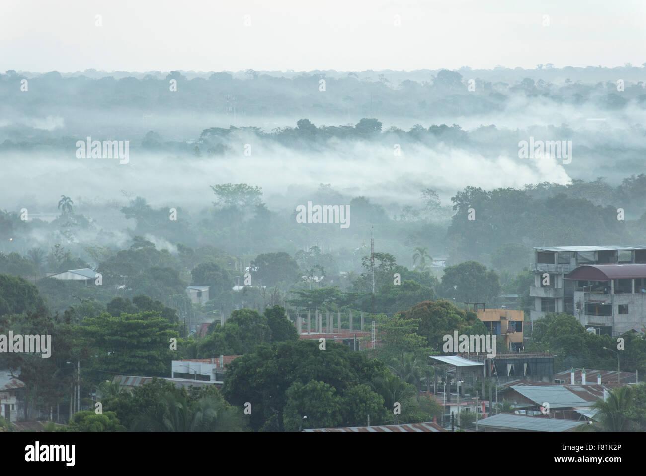 Rauch Haze von El Niño verbundenen Brände in Amazonien 2015, Puerto Maldonado, Madre De Dios, Peru Stockbild