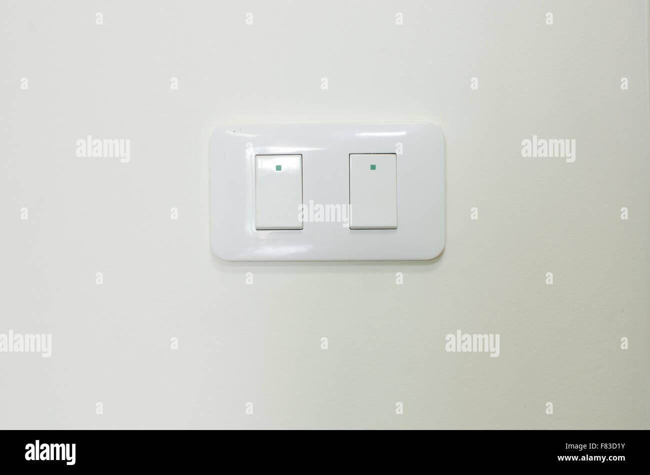 Niedlich Levitron Lichtschalter Galerie - Elektrische Schaltplan ...