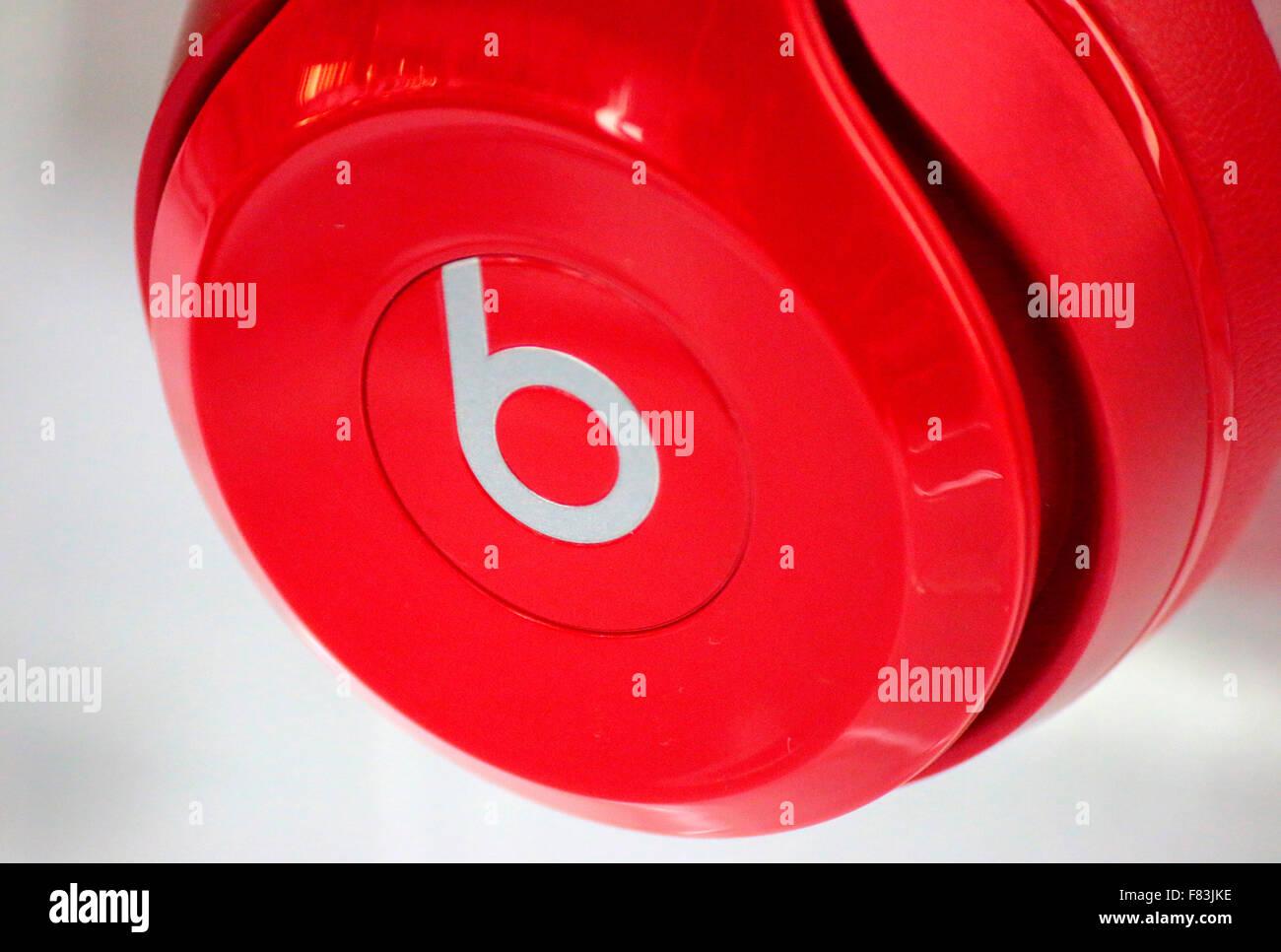 "Markennamen: ""Beats Electronics"", Berlin. Stockbild"
