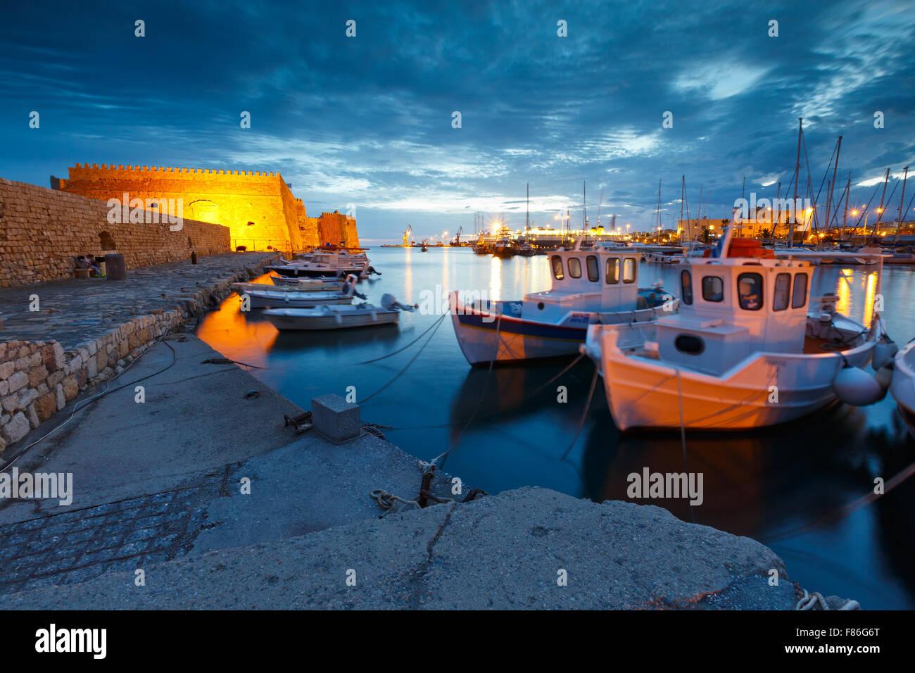 Venezianische Festung im alten Hafen von Heraklion auf Kreta, Griechenland Stockbild