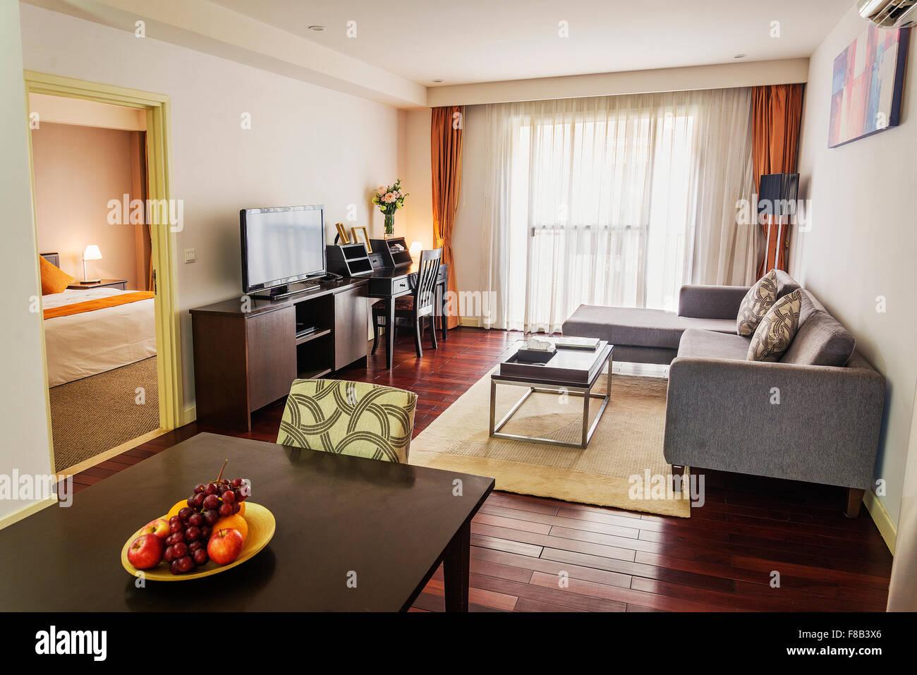 Wohnzimmer im modernen Design-apartment Stockbild