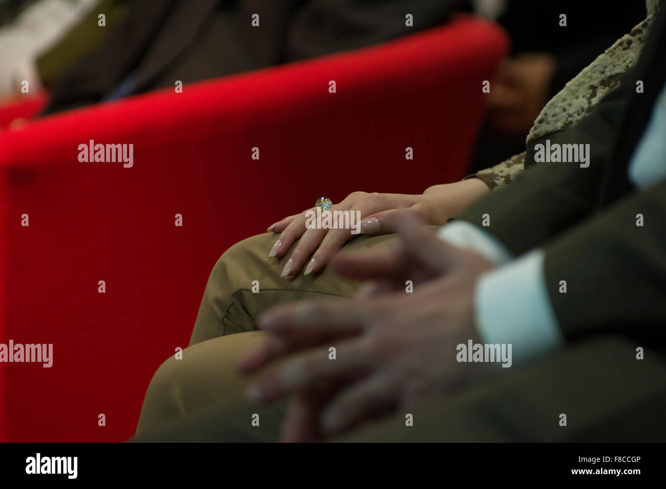 Long Fingernails Stockfotos & Long Fingernails Bilder - Alamy