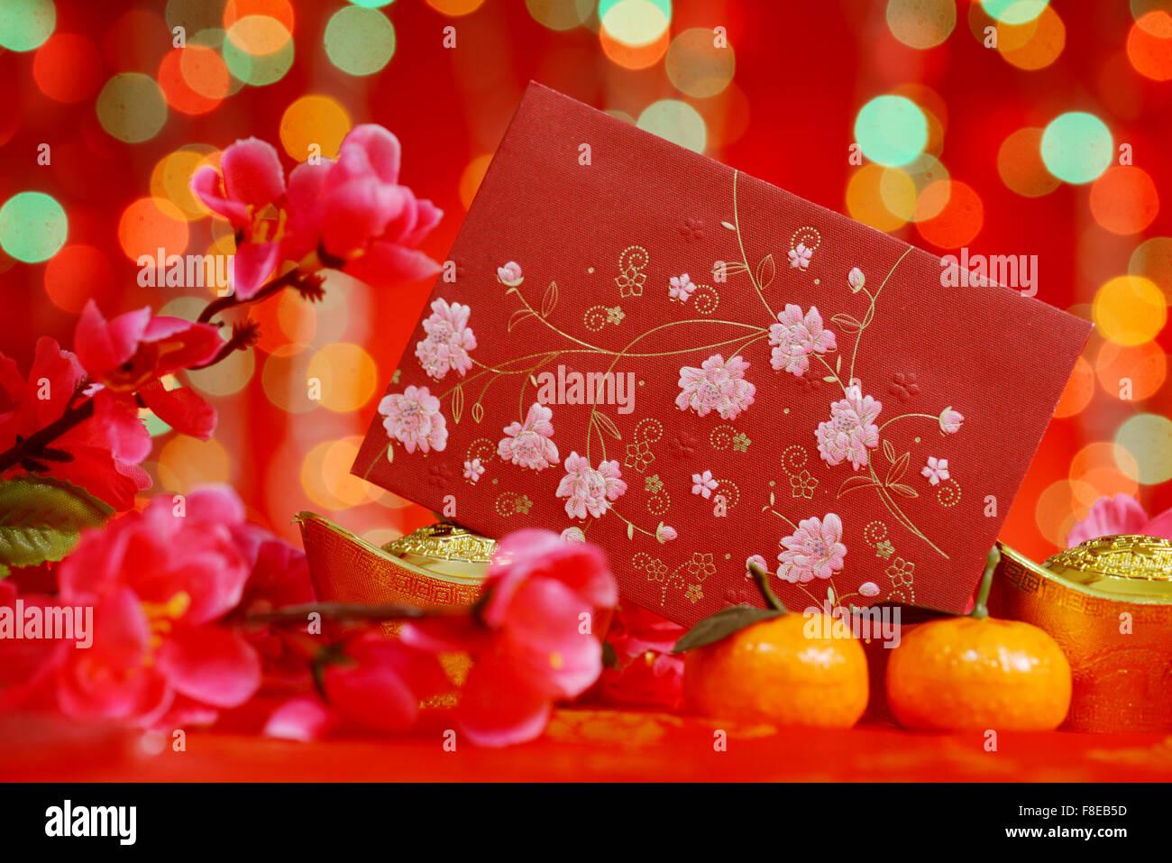 Chinesisches Neujahr Festival Dekorationen, rote Päckchen, Mandarine ...