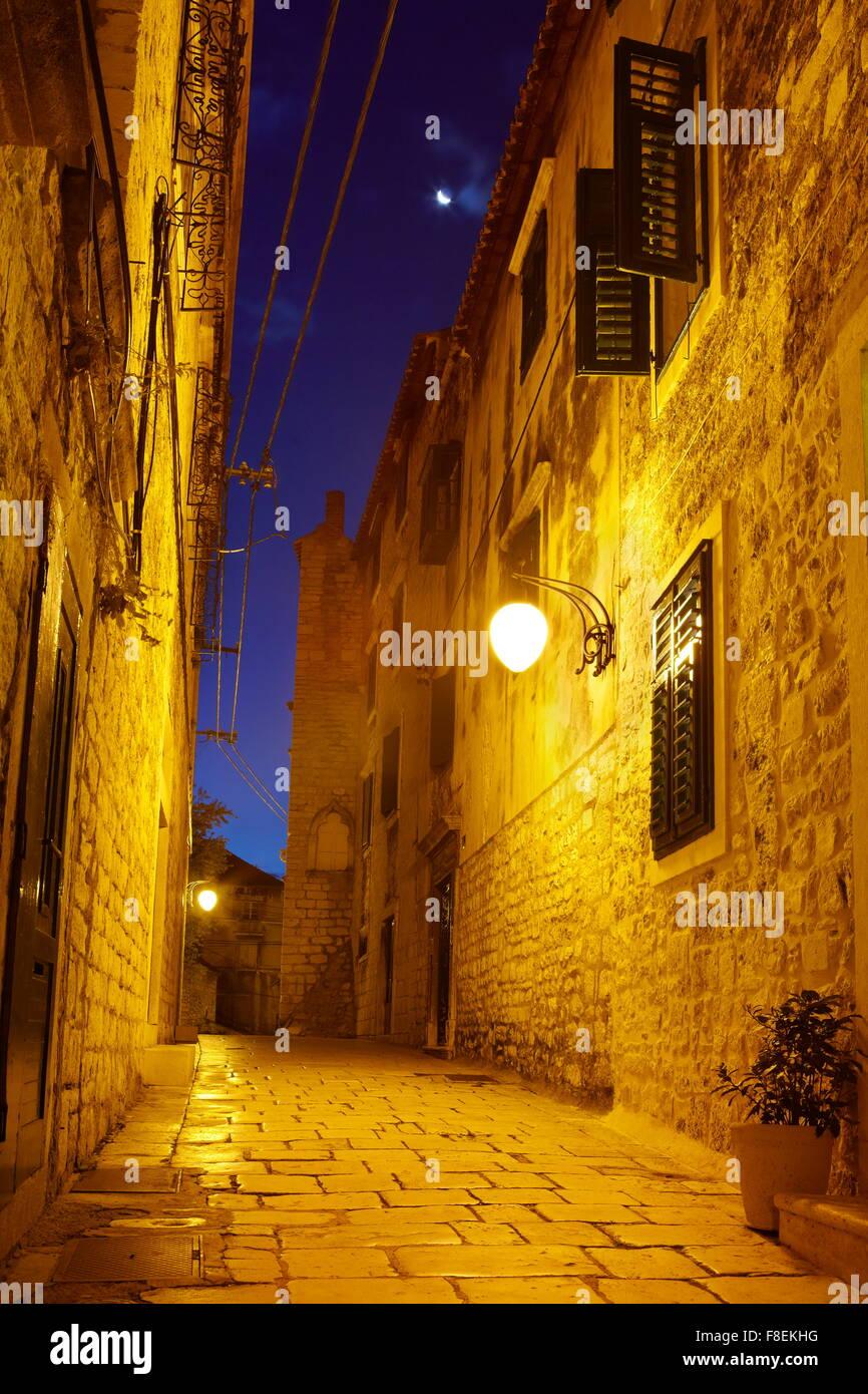 Die Altstadt in Sibenik, Kroatien Stockbild