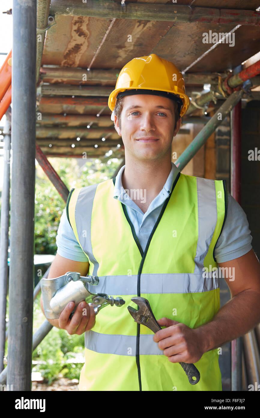 Baumeister, Aufstellen von Gerüsten Stockbild