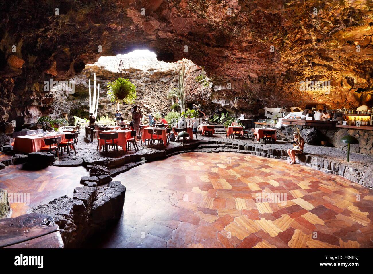 Insel Lanzarote - Jameos del Aqua, Vulkanhöhle, gegründet vom kanarischen Künstler Cesar Manrique, Stockbild