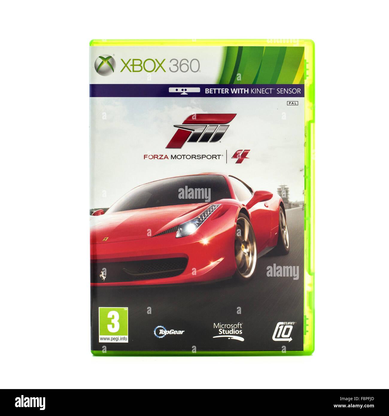Forza Motorsport 4 Spiel für die Xbox 360 auf weißem Hintergrund Stockbild
