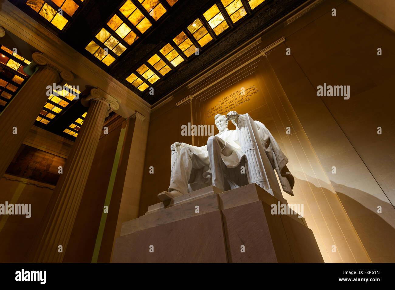 Lincoln Memorial in Washington, D.C. nachts beleuchtet Stockbild