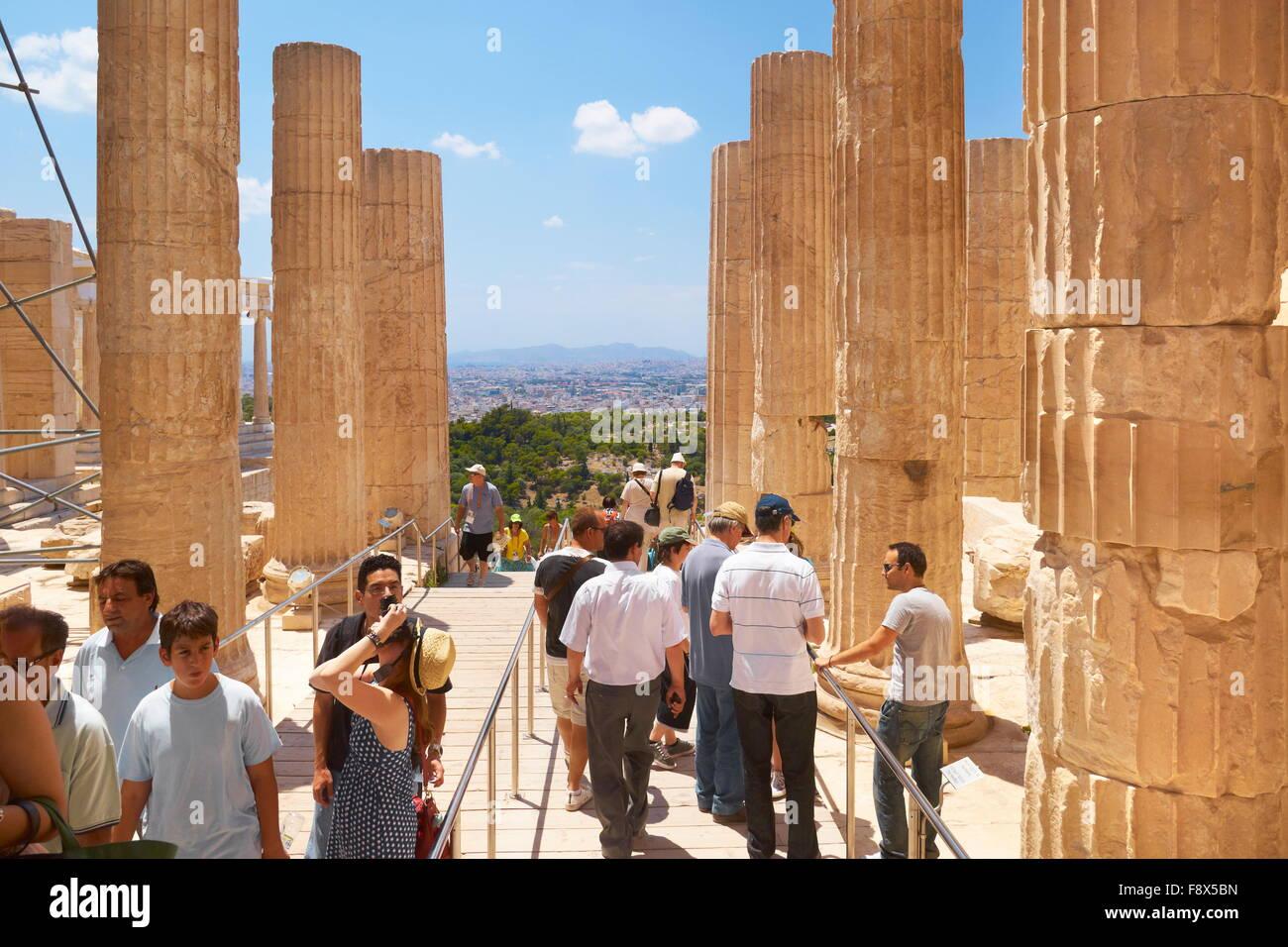 Athen - Akropolis, Durchgang durch die Propyläen, Griechenland Stockbild