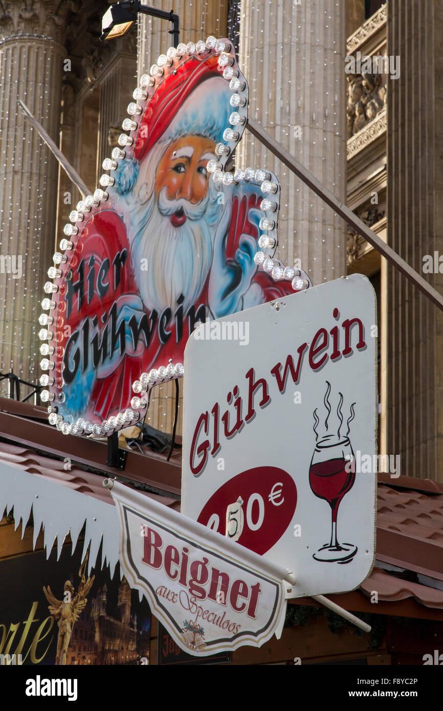 Weihnachtszeit in Brüssel, Belgien, Weihnachtsmärkte und Beleuchtung in der Altstadt, Stockbild