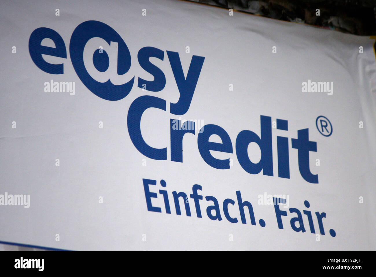 """Markenname: """"Easy Credit"""", Berlin. Stockbild"""