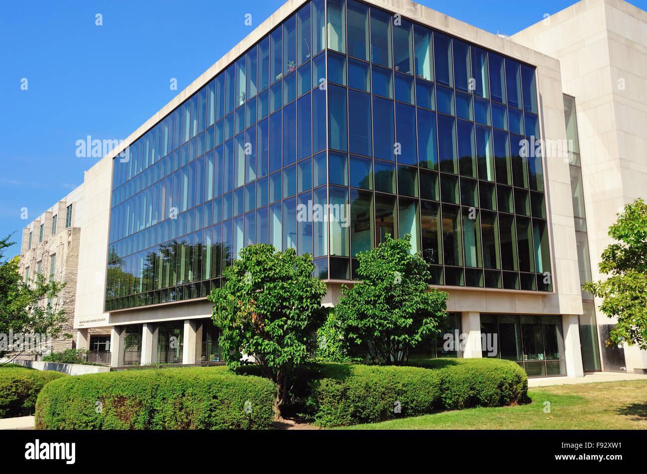Die Ford Motor Company Engineering Center auf dem Campus der Northwestern University im Chicagoer Vorort Evanston, Stockbild