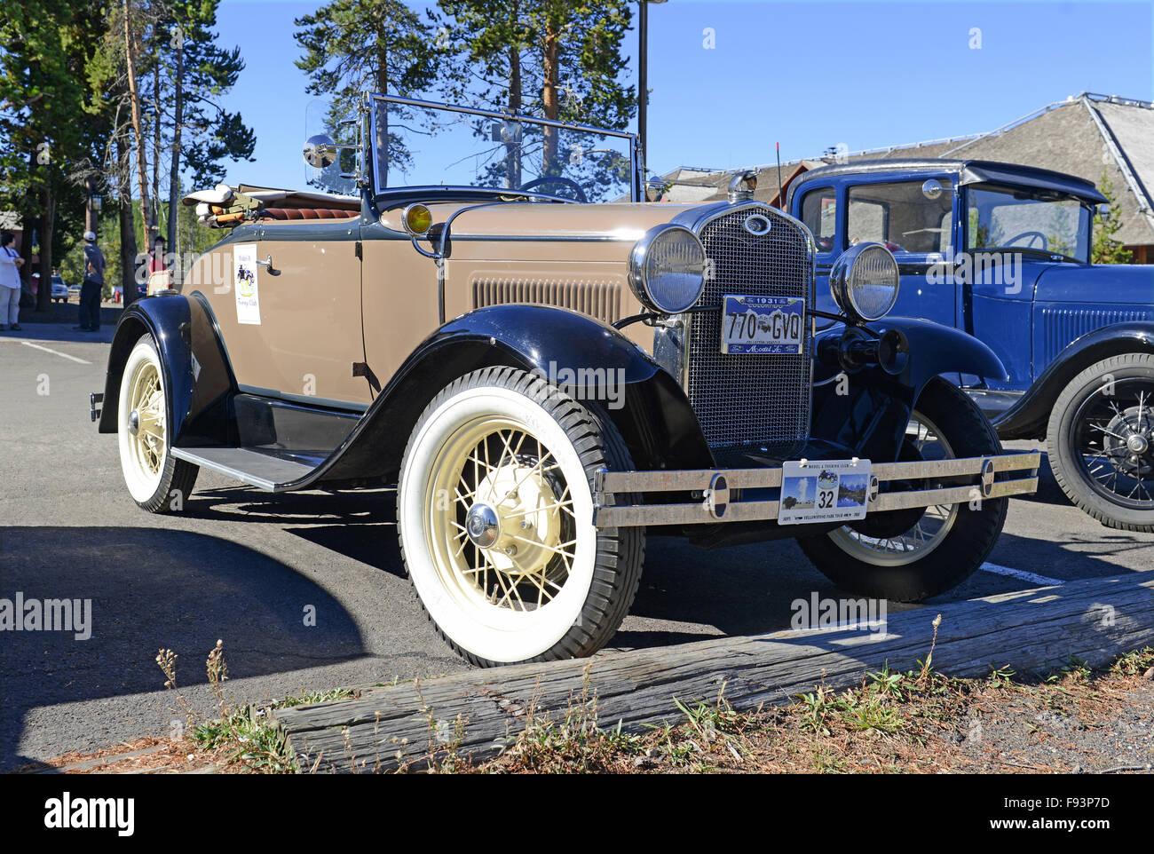 YELLOWSTONE-NATIONALPARK, WYOMING - CA. SEPTEMBER 2015. Model A Ford, Nachfolger des Modell T war eines der am besten Stockbild