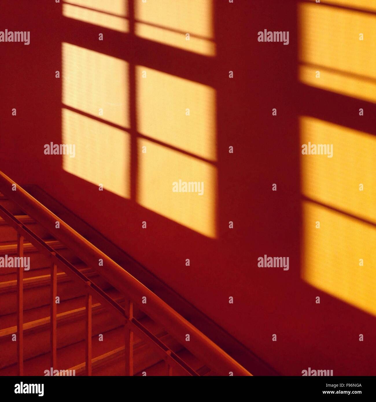 Enge Treppe Stockfotos Enge Treppe Bilder Alamy