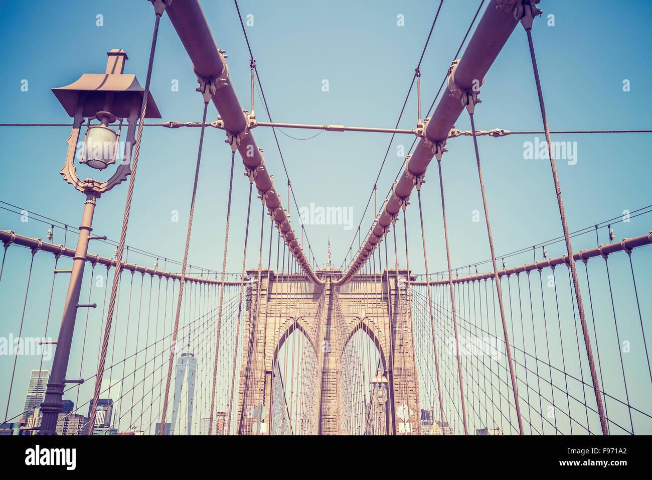 Vintage getönten Bild von der Brooklyn Bridge in New York City, USA. Stockbild