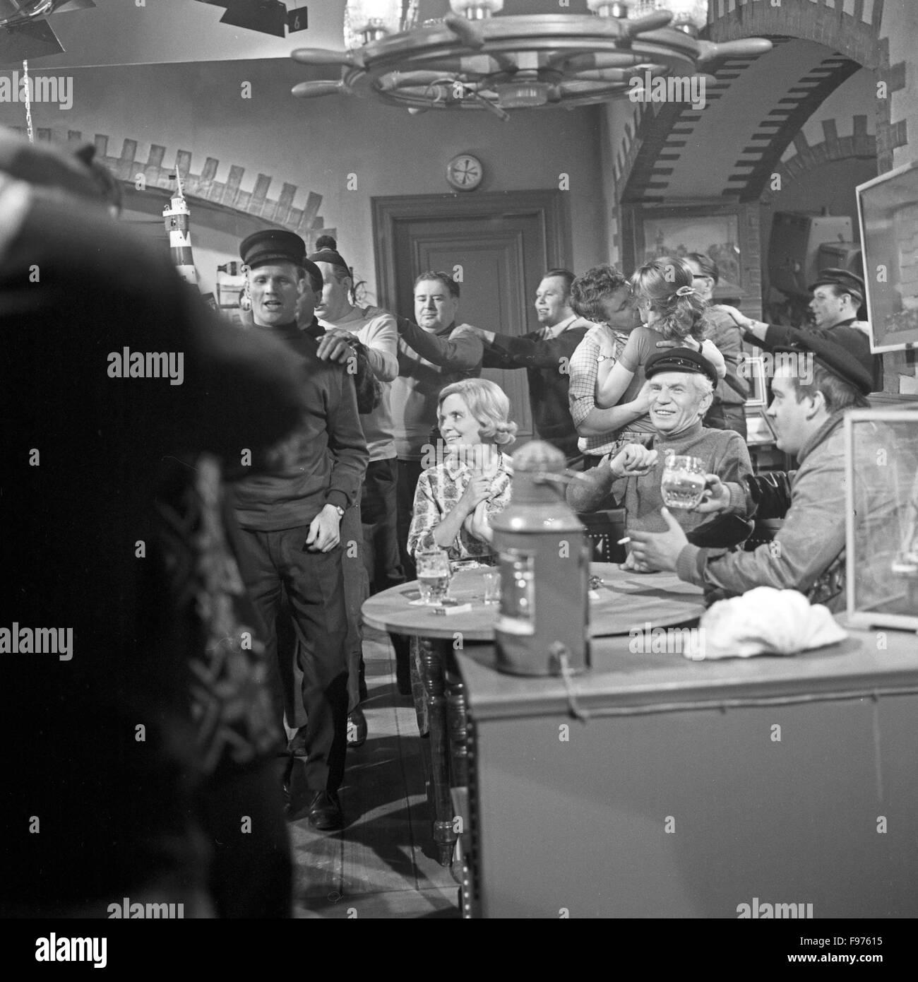 hamburg ahoi unterhaltungssendung deutschland 1969 mitwirkende heidi kabel bruno vahl berg. Black Bedroom Furniture Sets. Home Design Ideas