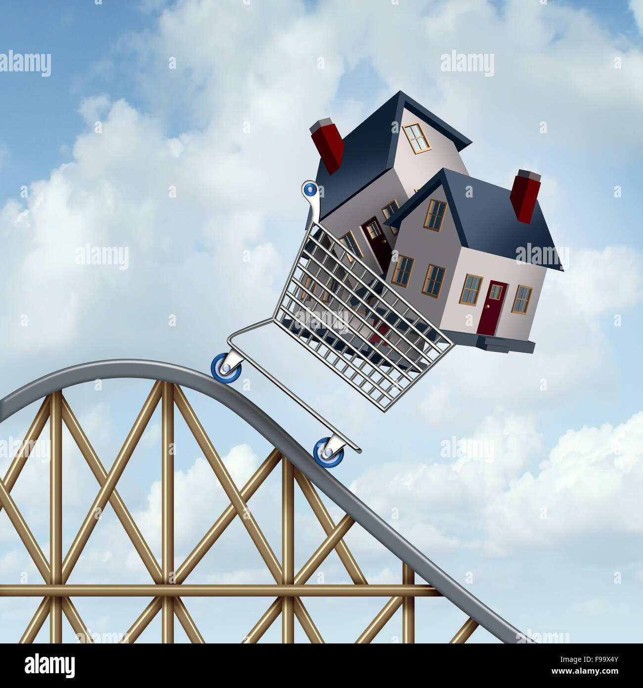 Fallende Immobilienpreise und sinkende Immobilien Wert Finanzkonzept verkauft Häuser in einem Warenkorb hinunter Stockbild