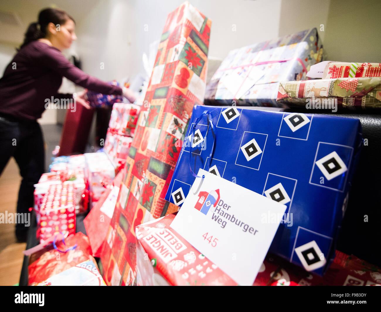 Hamburg Gremany 15 Dezember 2015 Geschenke Aufgestapelt