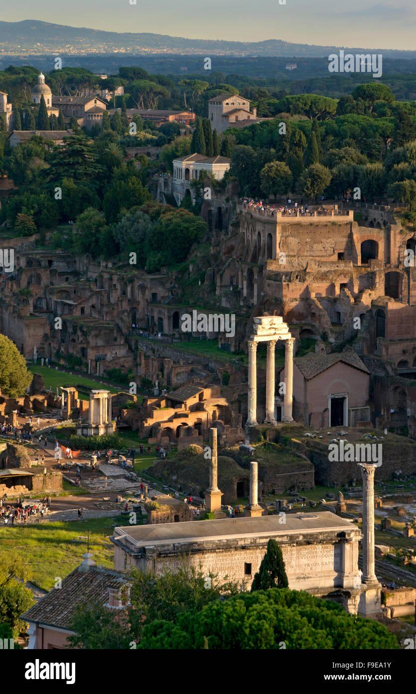 Das Forum Romanum, Rom, Italien Stockbild