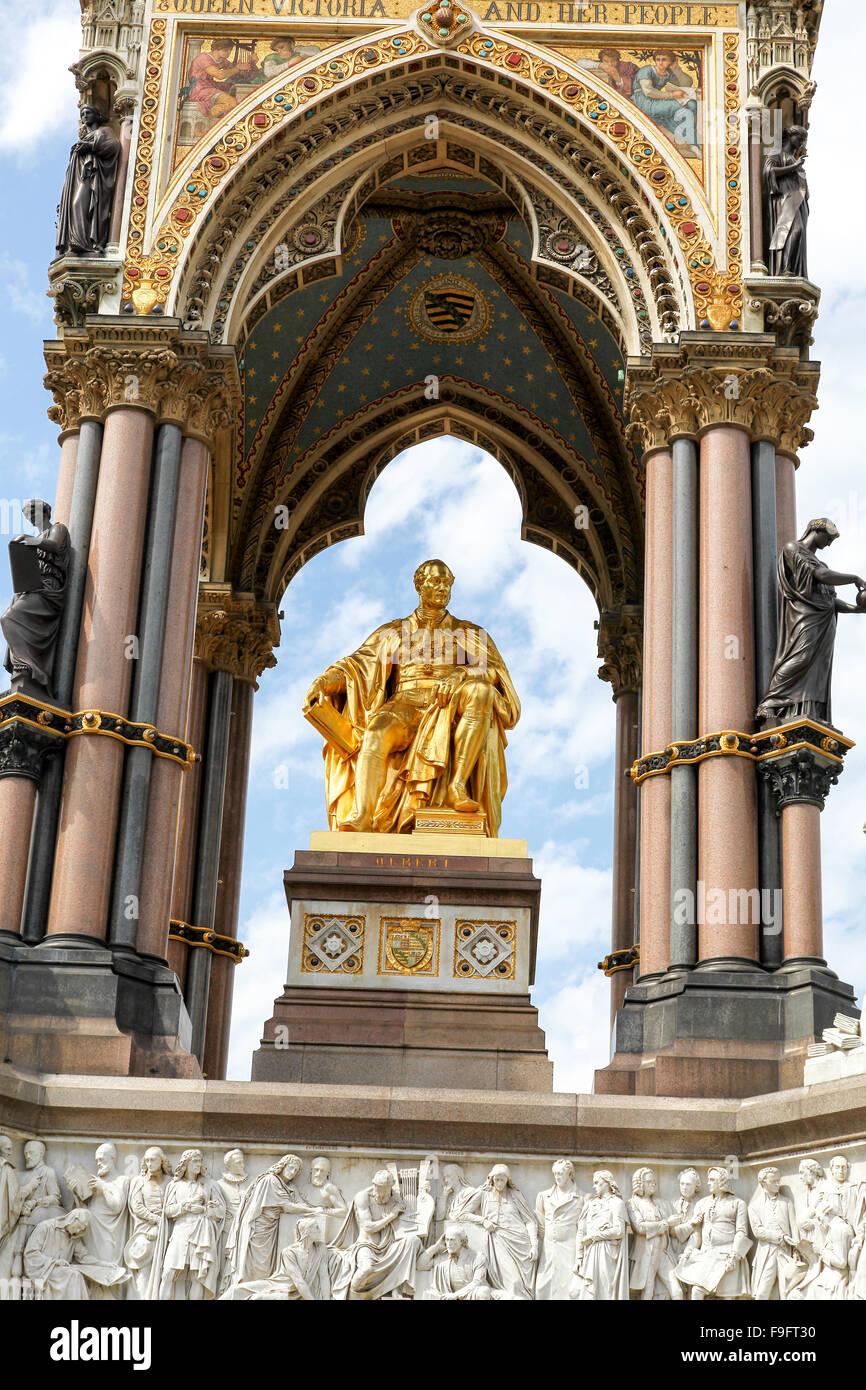 Nahaufnahme von Details über das Albert Memorial, errichtet zur Erinnerung an Prinz Albert in den Kensington Stockbild